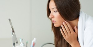 5 Things that Worsen Acne Scarring
